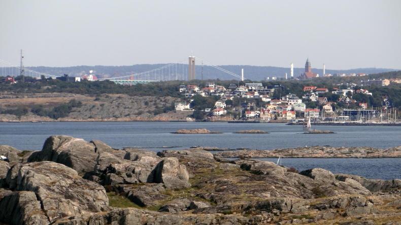Masthuggskirche von Brännö aus gesehen