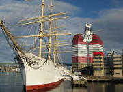 Göteborg, hier ein Blick vom Hafen auf die Oper und die Innenstadt