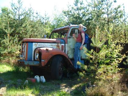 Lastwagen im Wald