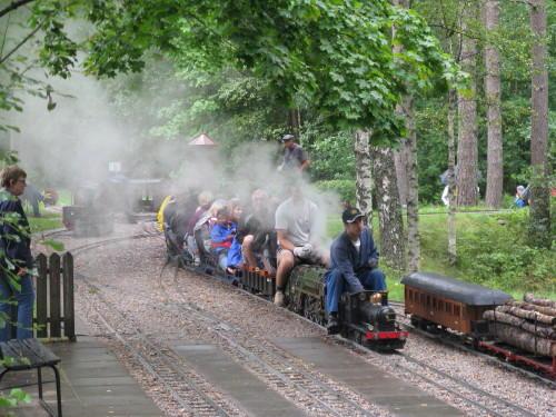 Borås Dampfbahn (Modelleisenbahn, auch Gartenbahn oder Parkbahn genannt)