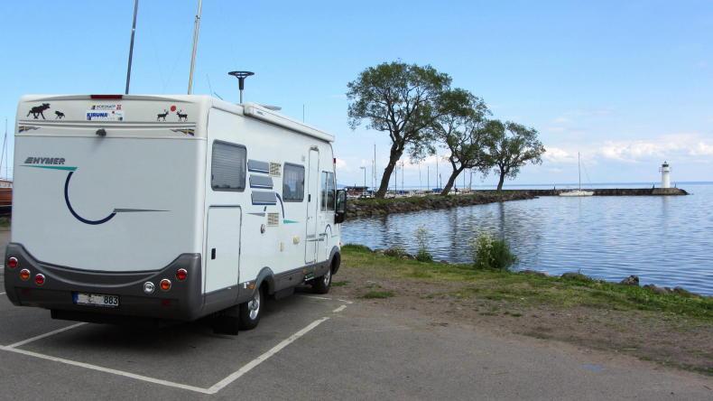 camping in schweden caravan wohnmobil h tten. Black Bedroom Furniture Sets. Home Design Ideas