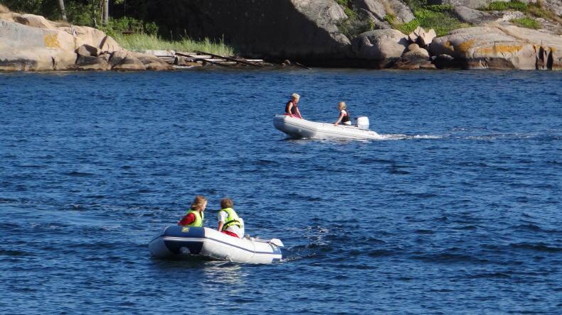 Motorbootfahren in Hovenäset