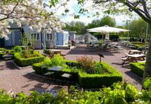Malmös Grüne Lunge: Slottsparken und Slottsträdgården mit Café