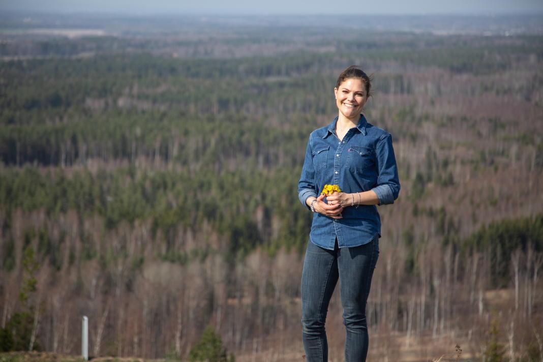 Kronprinzessin Victoria wandert in allen 25 historischen Landschaften Schwedens